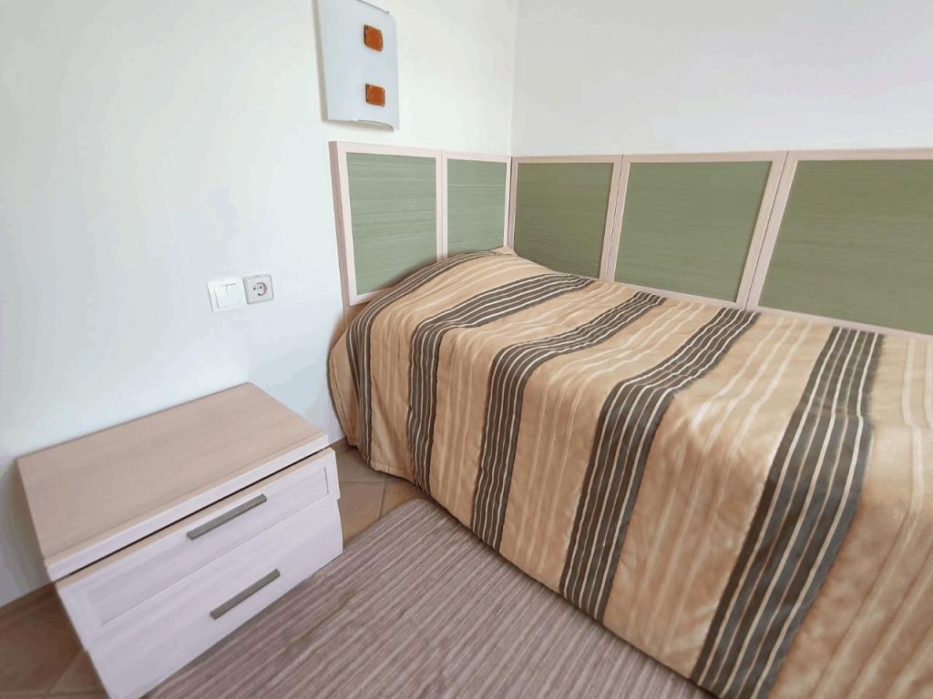 Гостиница Беккер. Одноместный номер. Кровать