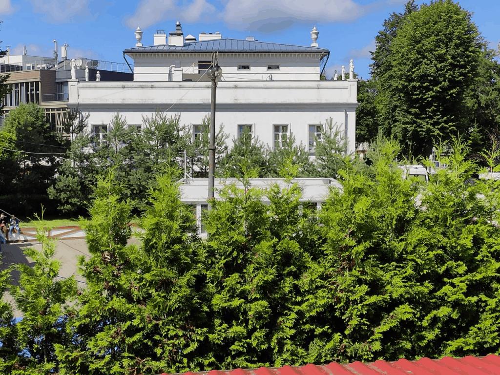 Гостиница Беккер. Вид из окна