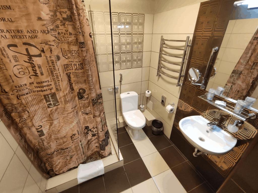 Отель Люмьер Светлогорск. Ванная комната