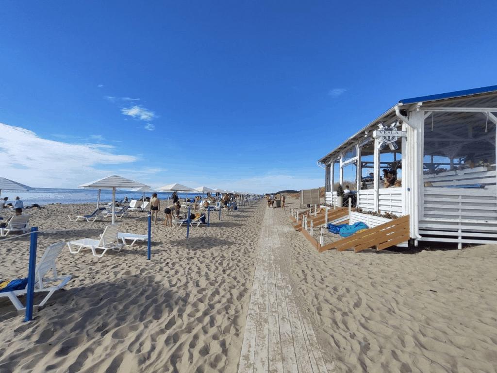Пляж Янтарный с Голубым флагом