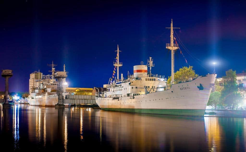 Необычные отели в Калининграде.  Каюты на музейном судне Витязь