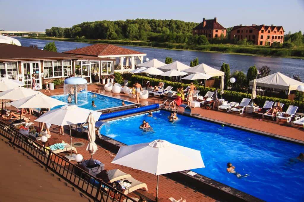 Отели Калининграда с бассейном