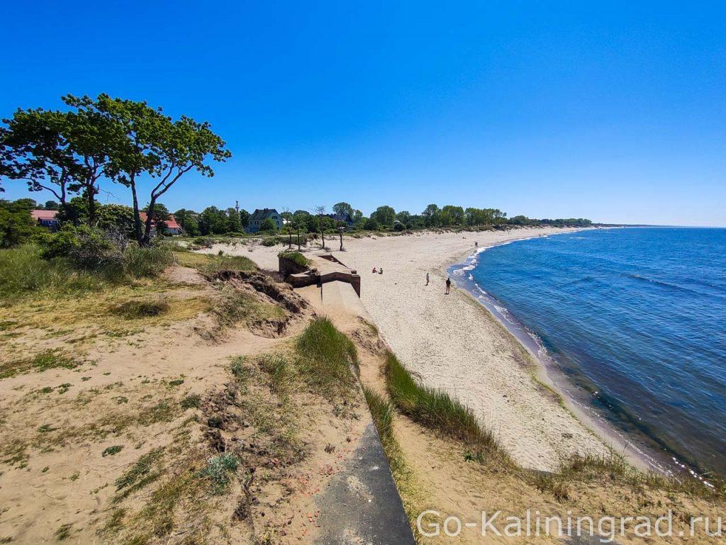 Пляж на Балтийской косе у Западного форта