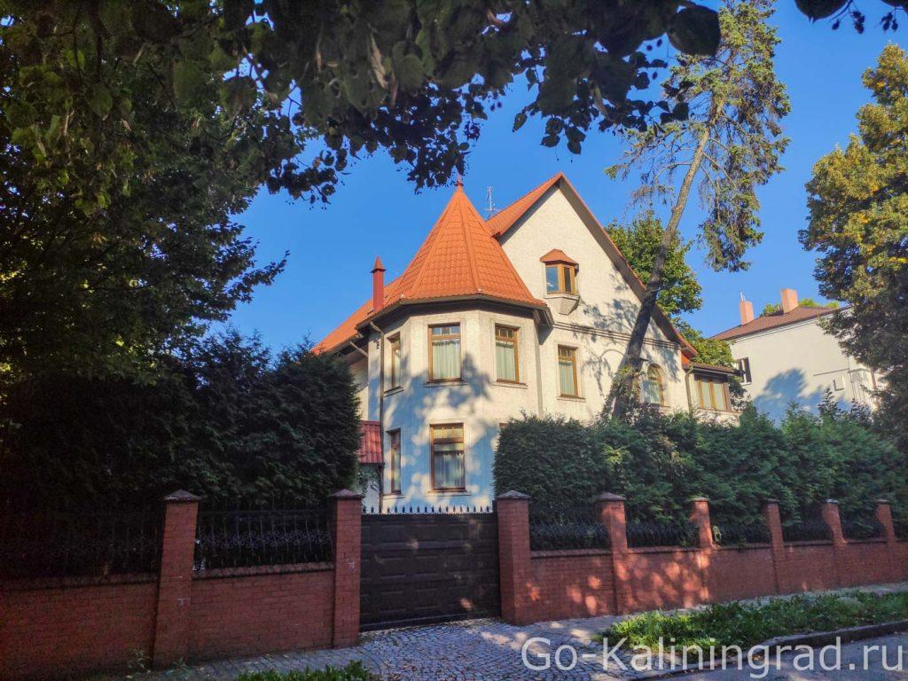 Дом на улице Адмиральская